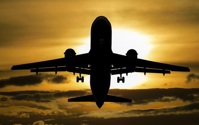 slunce za letadlem.jpg