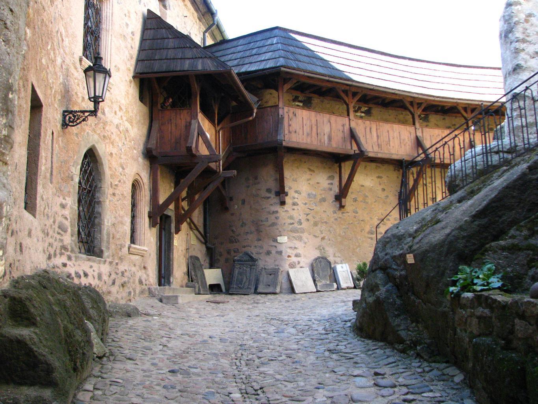loket_castle